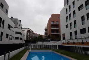 Pisos obra nueva con piscina en Sant Cugat - Grup Euroconstruc